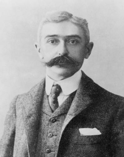 Coubertin, Pierre de